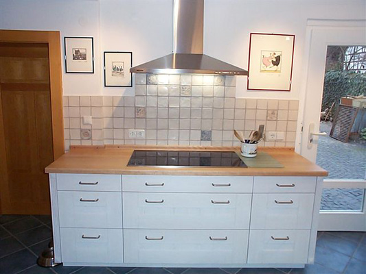 einbauk chen landhausstil. Black Bedroom Furniture Sets. Home Design Ideas