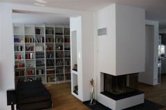 Bücherwand im Wohnbereich